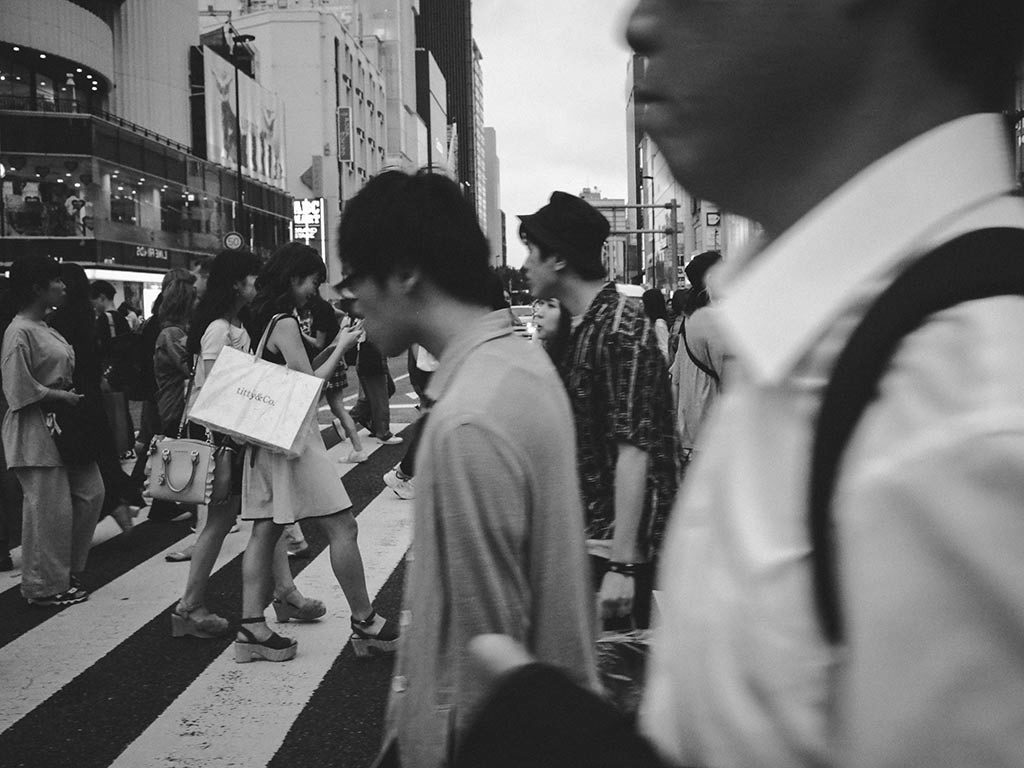 William Sudhana Tokyo Street Photography Crossing Street